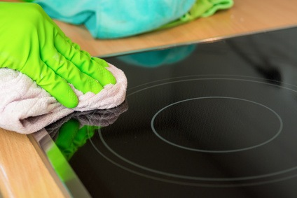 herd reinigen leicht gemacht schritt f r schritt einfach erkl rt. Black Bedroom Furniture Sets. Home Design Ideas
